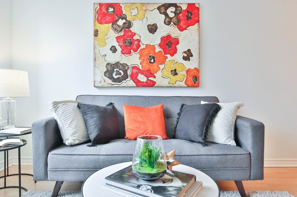 Add pops of color to appeal to the eye and enhance visual interest