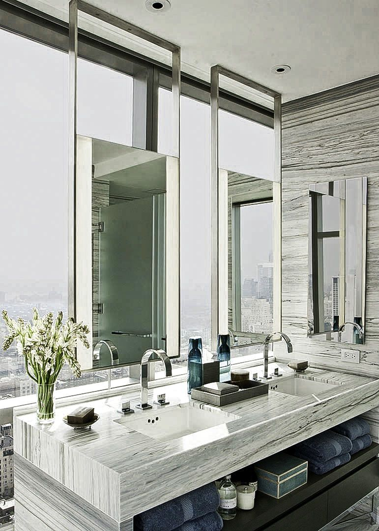 bath vanity with window3