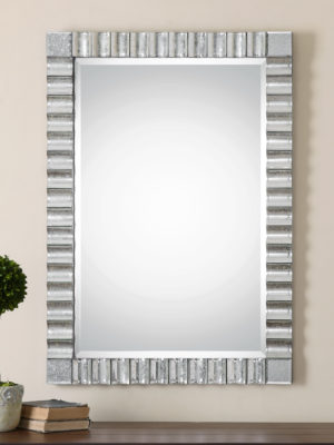 Amisos Scalloped Wall Mirror_U-08144